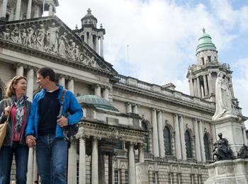 Tour panoramico per piccoli gruppi da Belfast