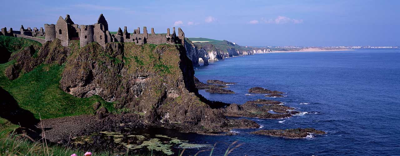 Giant's Causeway (& Dunluce Castle) Tour from Dublin
