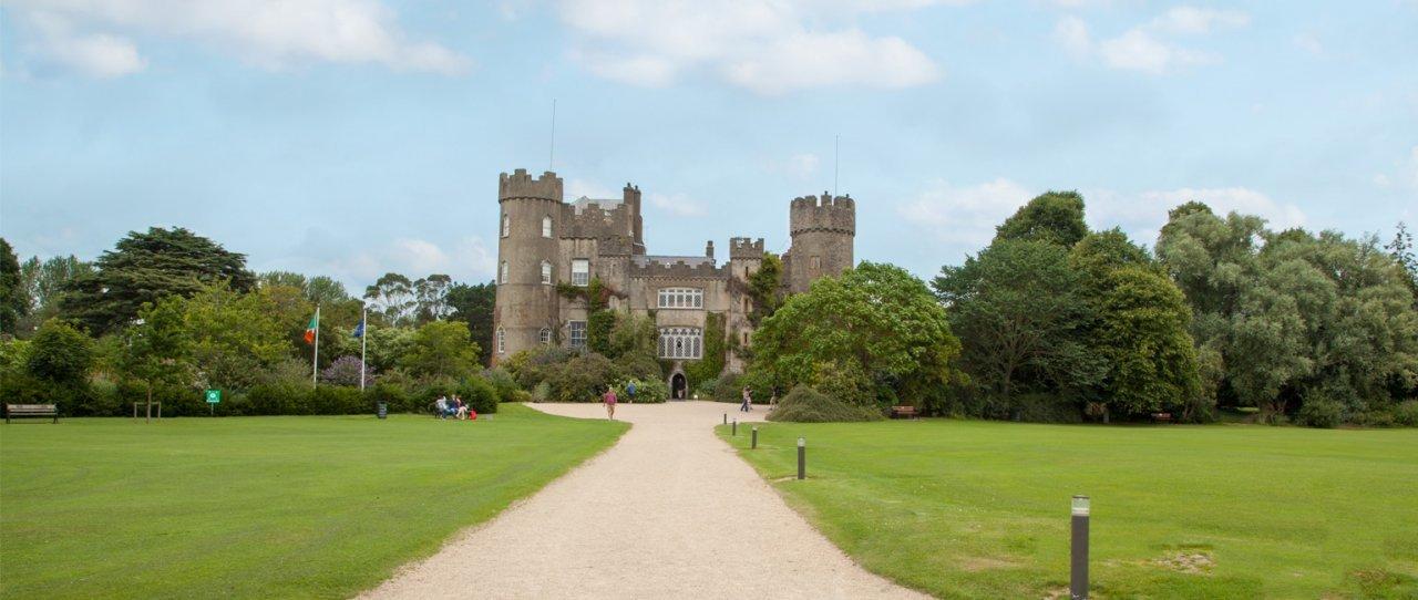 Malahide Castle & Howth Tour