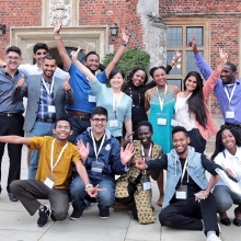 The #QueensYoungLeaders had a fantastic time in #Cambridge on the @LeadingChangeUC course. Next stop #London!