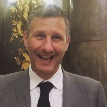 Don't forget - #TheSearchIsOn for the last ever #QueensYoungLeaders Here's comedian Adam Hills with a reminder of how to apply... #leadership