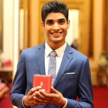 All of the Queen's Young Leaders Award Winners and Runners-Up are achieving incredible things in their communities across the Commonwealth, whether they are 18, 25, or 29 years old. Read more about some of this year's winners who are proving that age is just a number, and anyone is capable of becoming a leader (link in bio)  Don't forget, there are only four days left to apply to be one of the final ever #QueensYoungLeaders so if you are from the Commonwealth, changing your community and will be aged 18–29 throughout 2018, apply today at queensyoungleaders.com #TheSearchIsOn