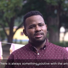 Happy #WorldPoetryDay! We spoke to Abrahim Simmonds, co-founder of @jayecan_ , about the importance of the arts.  JAYECAN creates programmes which use the arts to drive positive change. These include #ArtReach, where volunteers visit children's homes and rehabilitation centres to provide music, art and drama sessions; and #Herstory, which encourages young women from disadvantaged communities to use the #spokenword and writing to help them to explore their past.  #queensyoungleaders