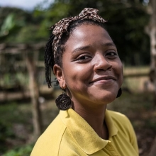 Kellicia isn't your typical farmer. After growing up in a dangerous area in Jamaica, she had no idea about farming when she arrived at the Village Academy. But it wasn't long before she changed from a city girl to a country girl. Read Kellicia's story on the Queen's Young Leaders website (link in bio) #WorldFoodDay #WFD2018 #QYLgrants
