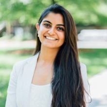 Suhani is 2017 #QueensYoungLeaders Award winner and founder of the Myna Mahila Foundation, a network of young women entrepreneurs living in slum communities who produce low-cost, high-quality hygiene products to tackle the menstruation challenges in India.⁣⁣⁣ ⁣⁣ The foundation reaches over 10,000 women a month and employs women from urban slums in Mumbai to manufacture and sell affordable sanitary pads back into their communities working to improve menstrual hygiene, provide stable employment and build a trusted network.⁣⁣⁣ ⁣⁣⁣ #WorldHealthDay #HealthForAll #QYLLegacy