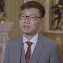 The #QueensYoungLeaders programme set out to empower young people across the Commonwealth who are making a positive difference in their communities.  2018 Award winner Yi Jun from Singapore supports young people to make informed career choices through the organisation he co-founded, @advisory.sg. The online service provides users with access to resources, and interviews with professionals from a range of sectors to help them plan their future careers.  The network of #QueensYoungLeaders is now complete forming a unique community of 240 influential change-makers who continue to deliver and develop their life-changing work across the world.  #ThrowbackThursday #TBT #QYLLegacy #YoungChangeMakers #YoungPeople #Youth #Innovation #Empowering