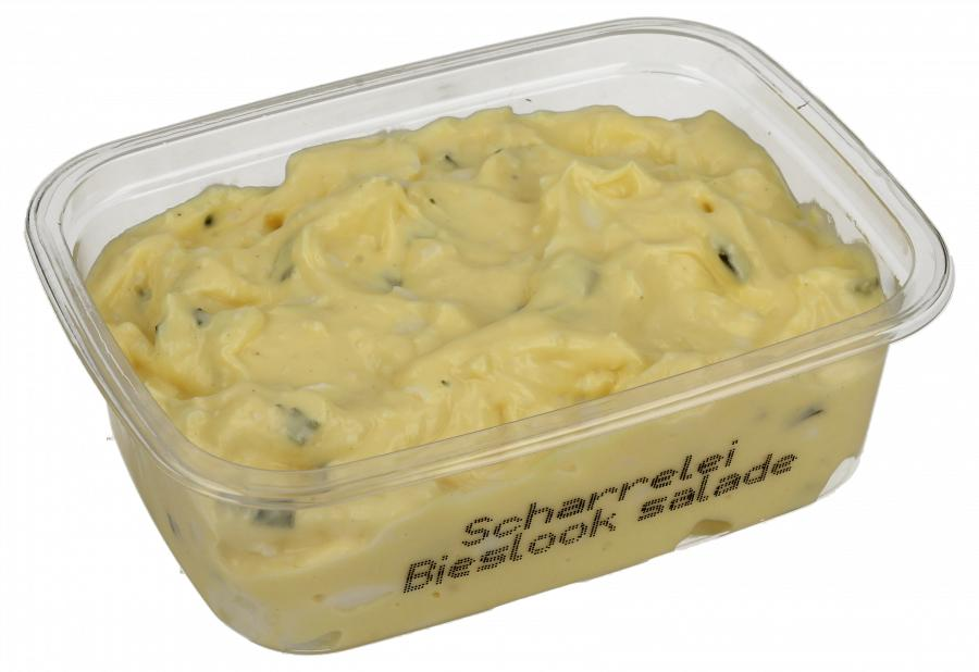 Scharrelei-bieslooksalade