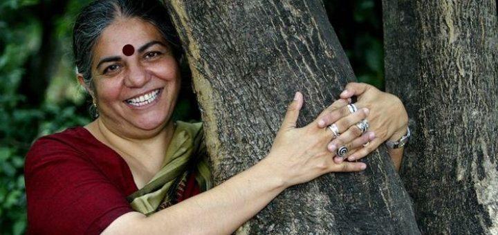 Vandana Shiva est considéré comme la plus grande ennemie des OGM, mais les tactiques et les mensonges qu'elle utilise montrent qu'elle a parfaitement compris que plus un mensonge est gros et plus les gens vont le croire.