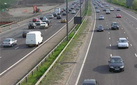 Young drivers 'nervous of motorways'