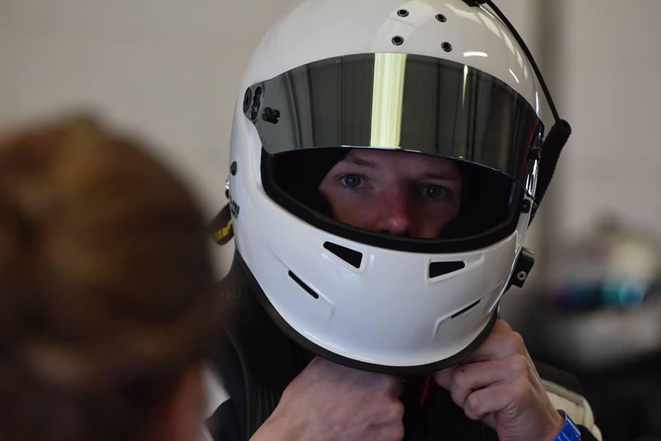 Steffan Jusjong klar til at køre 24 timers løbet i Dubai 2016
