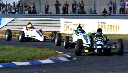 FF-2013-19 - Frederik Schandorf (9) tog sine to første Formel Ford-sejre ved GP Danmark (fotograf Henning Smed).
