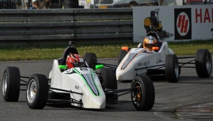 Mathias Kristensen og Jan Jønck tog hver en sejr i Formel Ford-løbene på Padborg Park.
