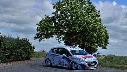 Kim Madsen og Line Lykke Jensen er blevet erklæret for vindere af 2WD-divisionen i Peugeot Rally (foto: rallypics.dk).
