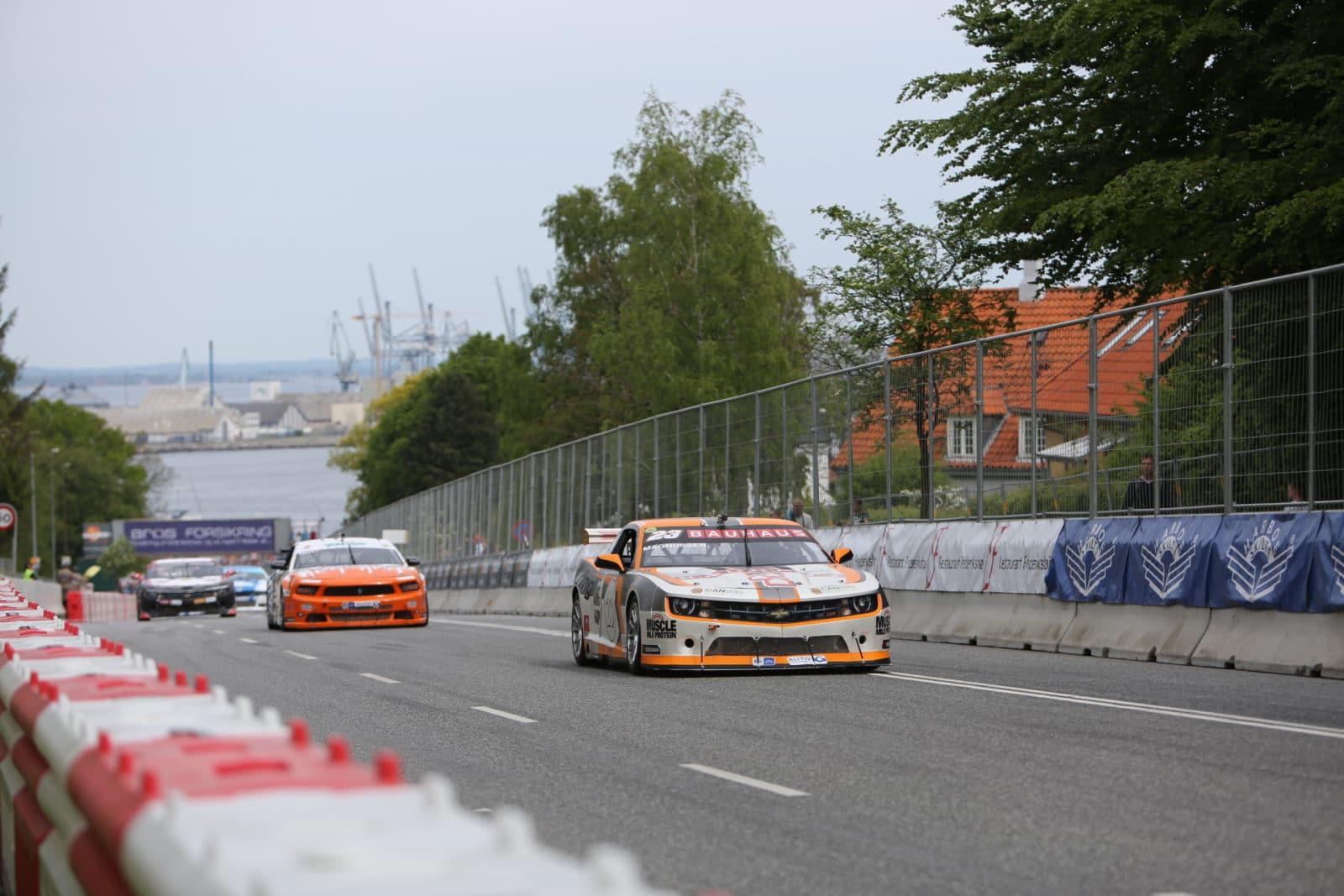 Jan Magnussen, Casper Elgaard, dtc race 2 CRAA 2014 Foto: Thomas Norsted / Racemag