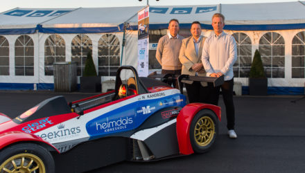 Onsdag d. 16. marts løftede 18-årige Nicolaj Kandborg fra Kandborg Racing sløret for sin nye racerbil