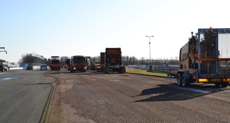 5.000 ton asfalt brydes op på Jyllandsringen