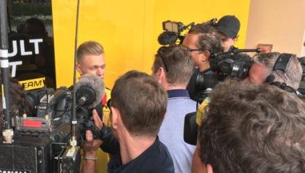 Kevin Magnussen er klar til at køre Bahrains F1 Grandprix 2016 for Renault Sport F1