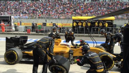 Se Formel 1 live. Kevin Magnussen sluttede på 17. pladsen ved Kinas Formel 1 Grandprix