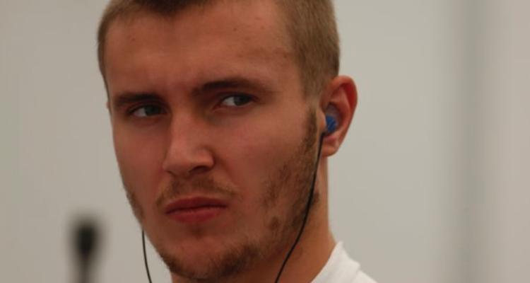 Sergey Sirotkin kører fredagens første træning i Sochi i stedet for Kevin Magnussen