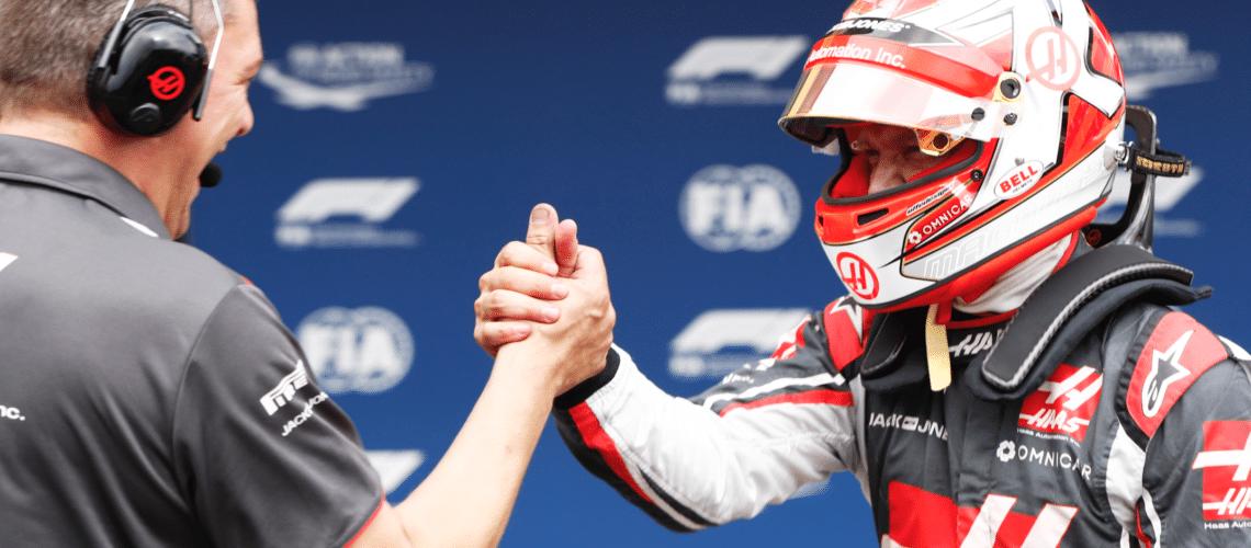 Kevin Magnussen fortsætter i Formel 1