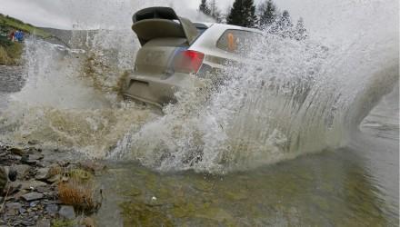 Image 2: Sébastien Ogier/Julien Ingrassia (F/F), Volkswagen Polo R WRC