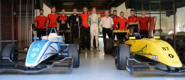 Casper T. Hansen og Casper Pilgaard testede Formula Renault 2.0 som præmie for Formel 4-titler
