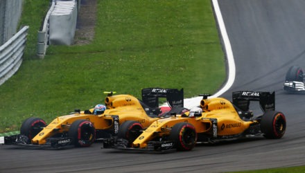 Jolyon Palmer (GBR) Renault Sport F1 Team RS16 and team mate Kevin Magnussen (DEN) Renault Sport F1 Team RS16 at the start of the race. Austrian Grand Prix, Sunday 3rd July 2016. Spielberg, Austria.
