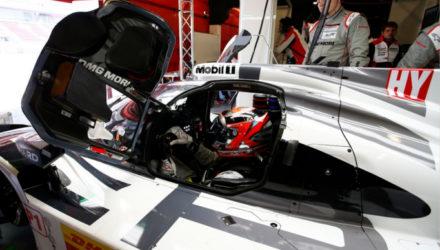Kevin Magnussen tester 919 Hybrid for Porsche - Foto: Porsche Motorsport via Twitter
