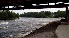 Пороги на Вуоксе из-под моста