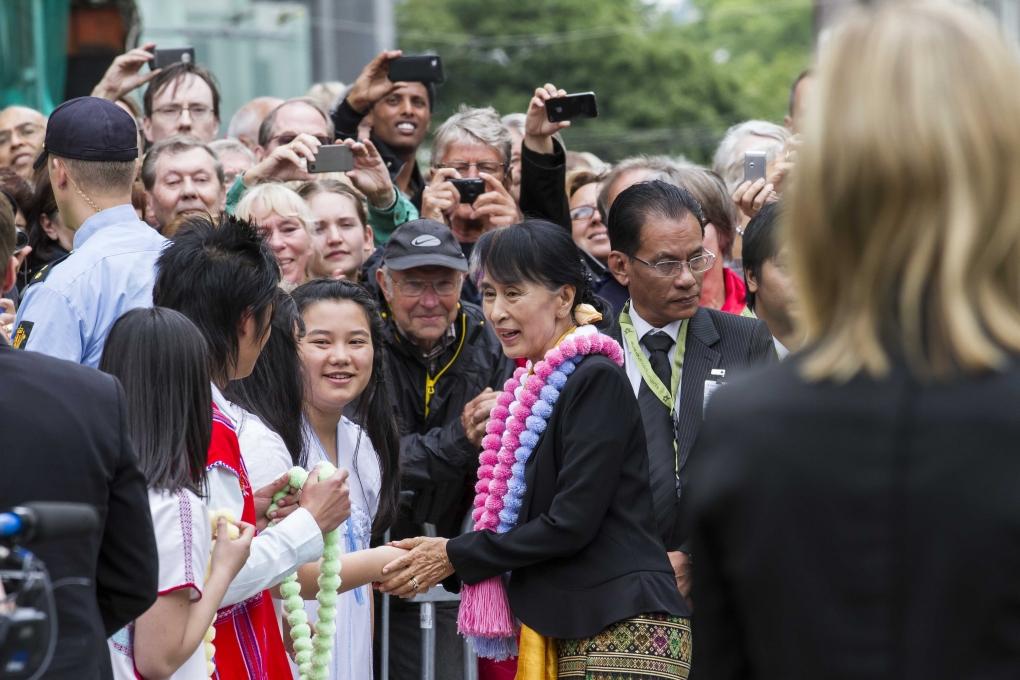 Aung San Suu Kyi Ankomst Torgallmenningen. Photo: Lind&Lunde/RaftoFoundation