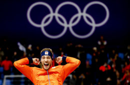 Kjeld Nuis wint olympische schaatsmijl
