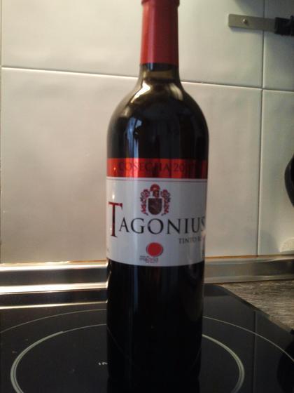 Tagonius tinto roble 2007.D.O.Vinos de Madrid.Bodegas V.Ovilo S.L