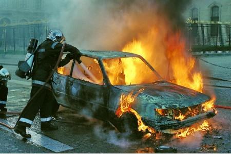 Incendio del coche