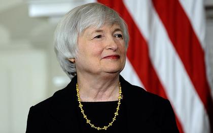 Fed recorta qe no anticipa subida tipos foro