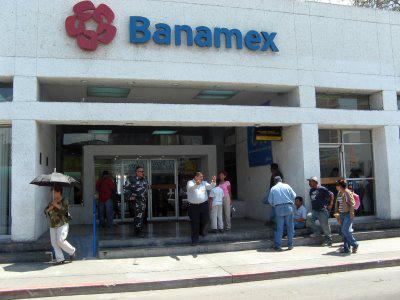 Horarios bancos m xico for Horario de oficinas santander