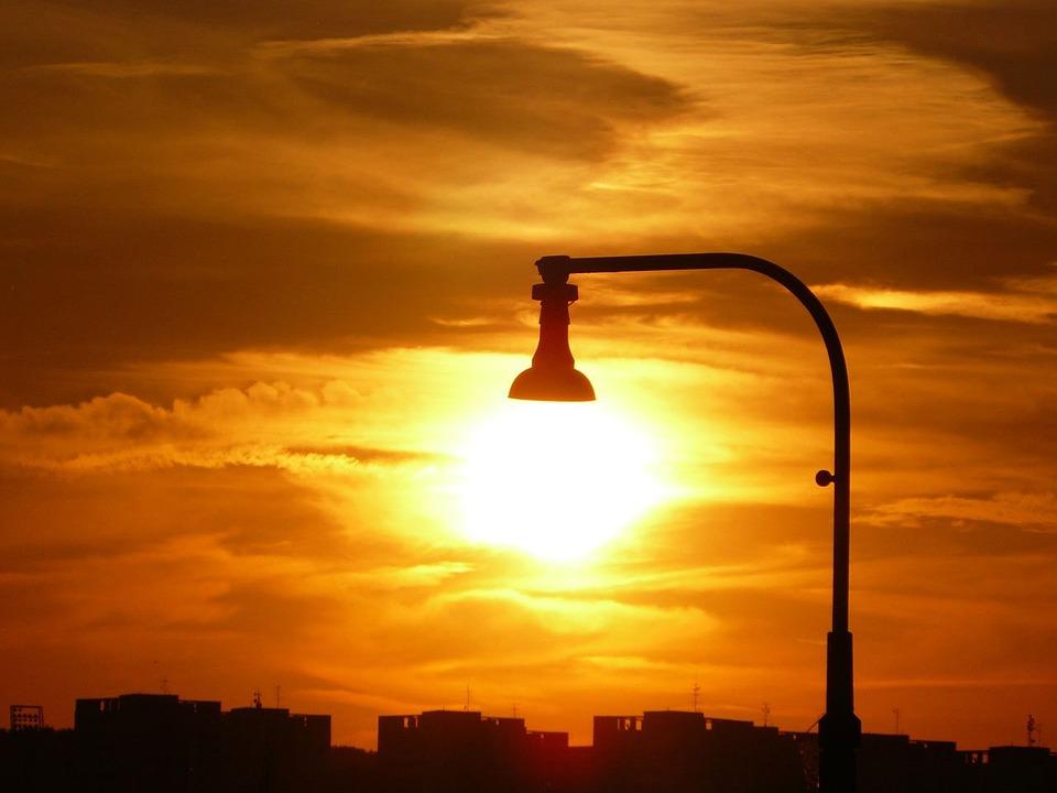 Mejores tarifas luz julio 2016