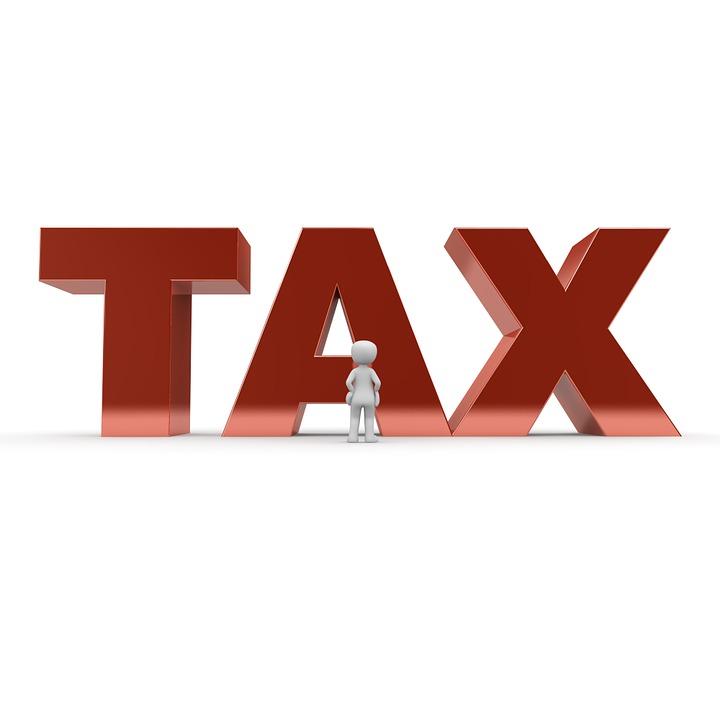 Diferencia tasa e impuestos
