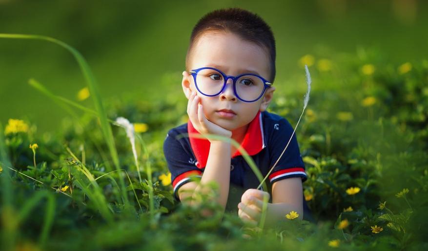 Bono logro escolar: beneficiarios, RUT y fecha de nacimiento