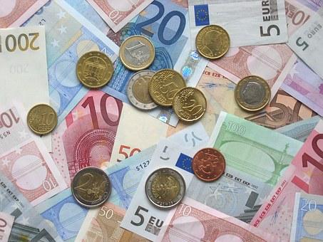Ahorrar e invertir: ¿Cómo gestionar tus ingresos?. Tesorería en tu cuenta corriente.
