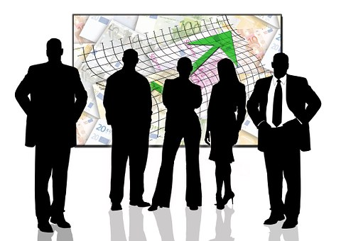 Ahorrar e invertir: ¿Cómo gestionar tus ingresos?. Invierte en diferentes Instrumentos