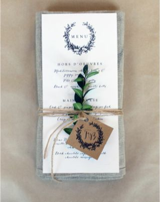 "Image via <a href=""https://burnettsboards.com/2013/11/romantic-misty-mountain-wedding/"" target=""_blank"">Burnetts Boards</a>"