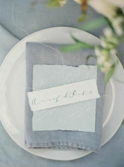 "Image via <a href=""https://thelane.com/style-guide/style-elements/stationery/hand-penned"" target=""_blank"">The Lane</a>"