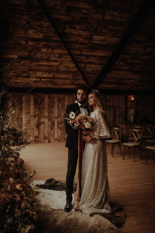Hygge wedding inspiration in a cabin