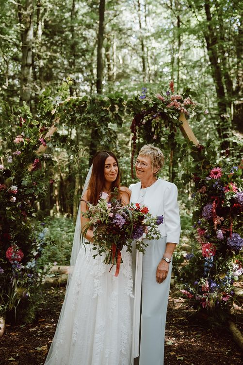 Mother and daughter photo at wedding