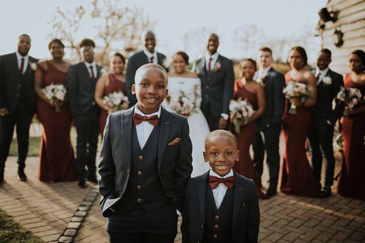 Wedding group shot with children