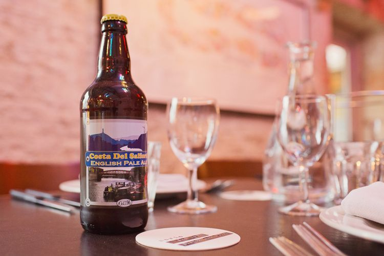 Ales | Wedding Drinks | Roth Bar and Grill Wedding Somerset | Cotton Candy Photography