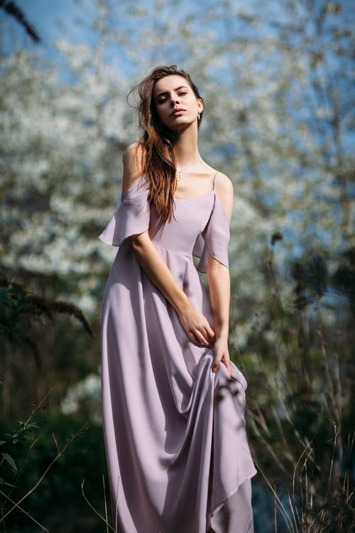 Stylish Bridesmaids Dresses From Rewritten | New Shade 'Oyster' | Image by Joanna Bongard Photography