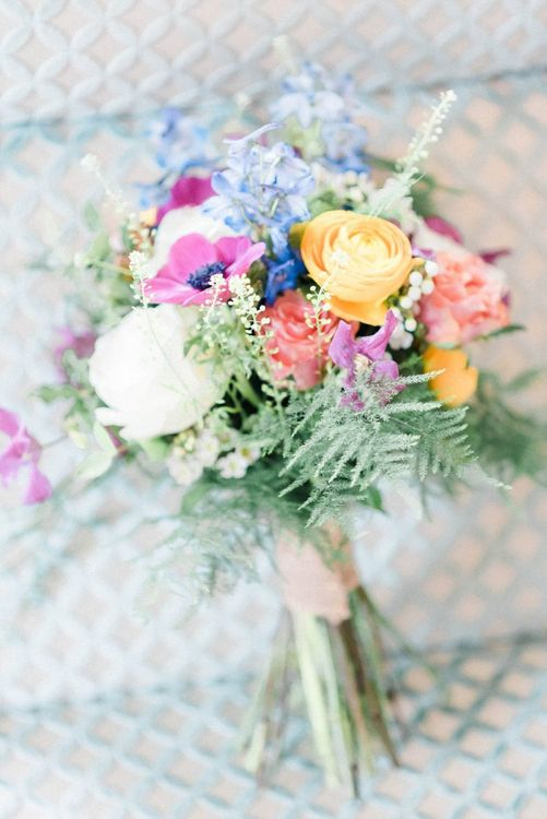 Bright Spring flowers for March wedding