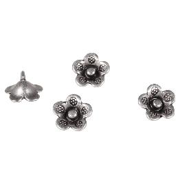 Fém díszelem virág, ezüst, 10mm, befűzőlyuk 1mm