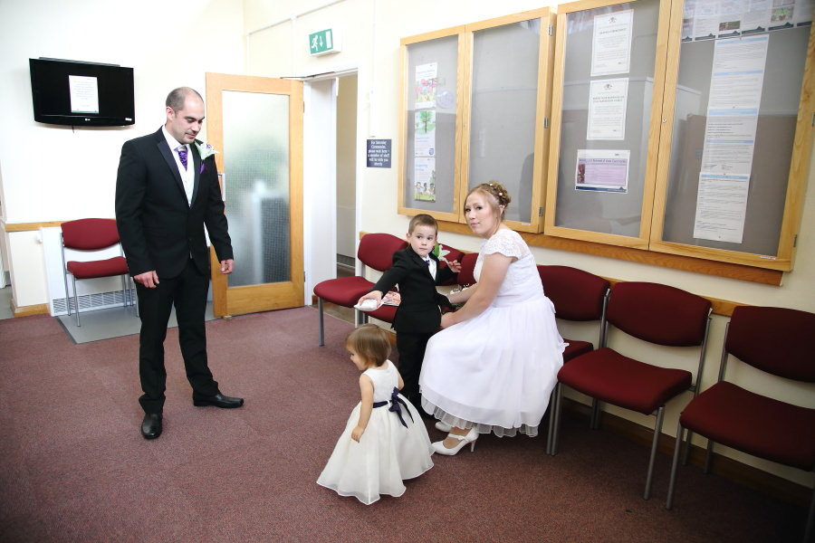 alternative wedding photography at cambridge shire hall